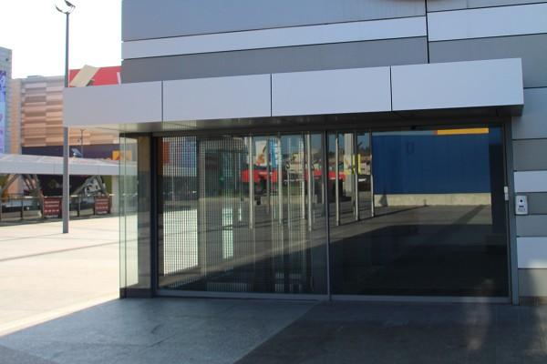 Vista del exterior de Business Center Marineda City